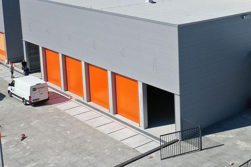 sectionaaldeuren, overheaddeuren van bedrijfsdeuren specialist eeftink rensing